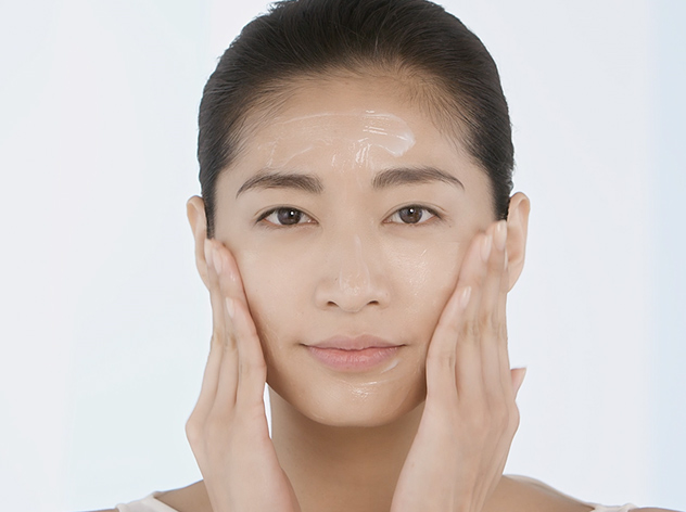 How To: Oil, Gel or Cream-Based Cleansers